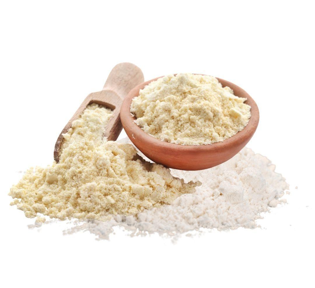 300 gr de harina floja   250 gr de harina de maíz   75 gr de harina de arroz